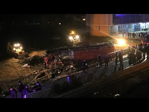 Βόρεια Μακεδονία: 14 νεκροί από ανατροπή λεωφορείου