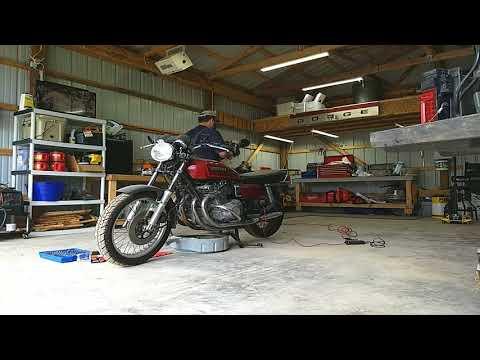 1979 Suzuki GS1000 Oil Change Motorcycle