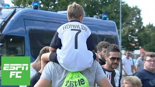 Cristiano Ronaldo's Juventus debut vs. Chievo had electric atmosphere | ESPN FC - Video Youtube