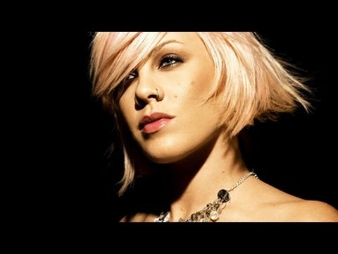Pink Biography: Life And Career Of The Singer Mp3
