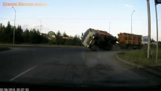 САМЫЕ ЖЕСТОКИЕ аварии грузовиков  Аварии на видеорегистратор, ДТП Сar crash comp