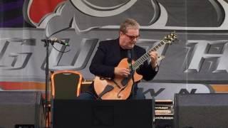 GUITAR TOWN 2016 Acoustic Saturday 3 - Martin Taylor