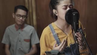Download lagu Bukan Untukku Della Firdatia Mp3
