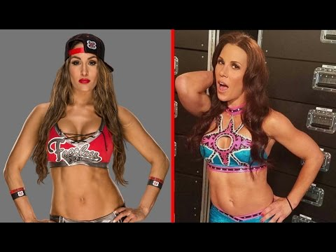 10 Oldest WWE Women Wrestlers 2017 Current Roster