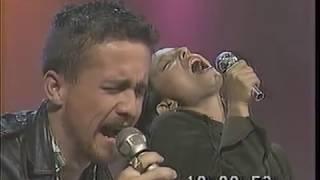 Ttira La Primera Piedra (En Vivo) - Pedro Foncea feat. Javiera Parra (Video)