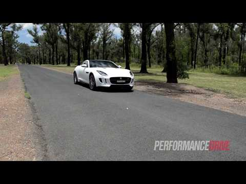 2015 Jaguar F-Type R Coupe 0-100km/h & engine sound