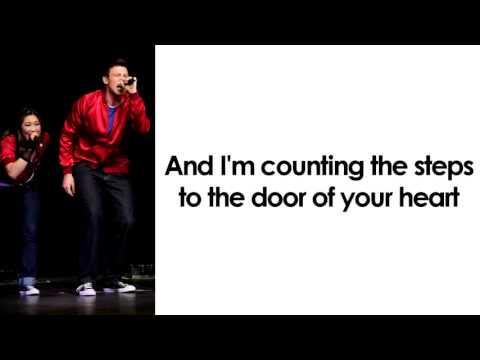 Glee - Don't Dream It's Over (Lyrics)