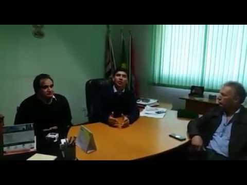 Prefeito Arizinho de São Lourenço da Serra acompanhado dos Vereadores Laércio de Itatuba e Vanderlei do Paiol vai as Redes Sociais dar explicações sobre a Falta de Transporte na Vila de Itatuba