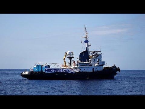 H Ιταλία προειδοποιεί της ΜΚΟ για τα πλοία που βοηθούν μετανάστες…