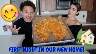 OUR FIRST NIGHT IN OUR NEW HOME! ** LOBSTER PIZZA MUKBANG **