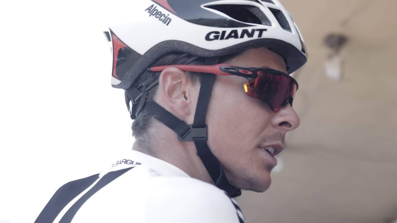 Видео Шлем Giant Pursuit Team Special Edition матовый белый