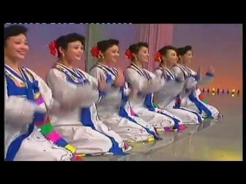 北朝鮮美女集団 喜び組の華麗な舞台10