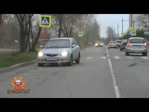 Уходя от полиции, пьяный водитель снес ограждение в Красноярском крае