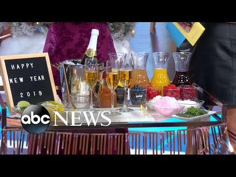 How to throw the ultimate New Year's Eve party