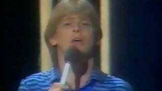 John Farnham - She Says To Me
