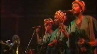 Gambar cover Bob Marley - I shot the sheriff (Live)