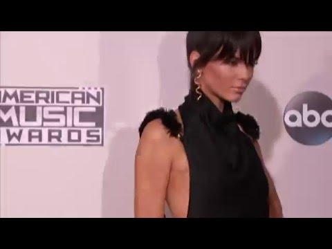 Kendall Jenner Red Carpet Fashion AMAs 2015