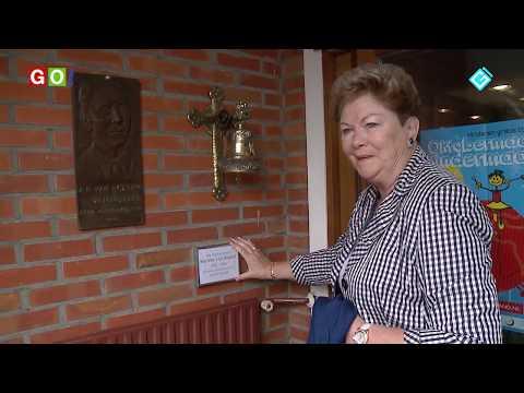 Klokkengieterijmuseum Heiligerlee krijgt stukje geschiedenis als geschenk. - RTV GO! Omroep Gemeente Oldambt