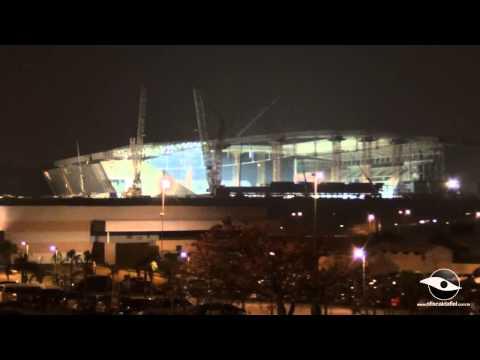 14/03/2014 - Arena Corinthians Iluminada pelos refletores