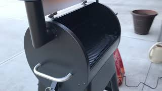 Traeger Grill Pro 575 Review of Start Up and Pre-Burn
