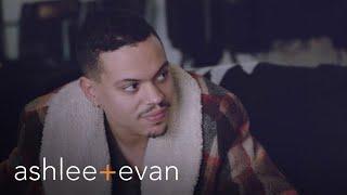 Evan Ross Bonds With Ashlee Simpson-Ross' Father Joe | Ashlee+Evan | E! - Video Youtube