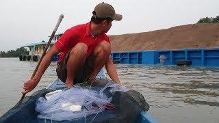 Đi thả lưới gập cảnh máy hết xăng bơi luôn. Hên là có nhiều cá | Săn bắt SÓC TRĂNG |
