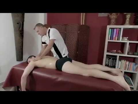 Corsetto per il fissaggio dellarticolazione della spalla