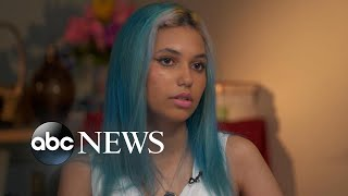 Teen who lost leg, fingers in shark attack describes the moment she was bitten l Nightline