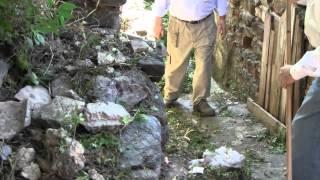 preview picture of video 'ITALA. Iniziamo da Mannello. Volontari puliscono le strade della frazione. 13 maggio 2012'