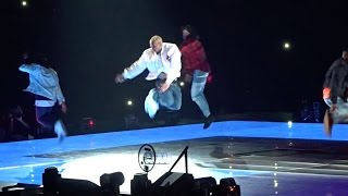 "Chris Brown performs ""Ayo"", ""Loyal"" & ""Play No Games"" Live (Party Tour 2017)"