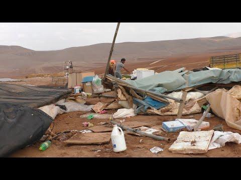 Izrael lerombolt egy palesztin falut, 41 gyerek vált hajléktalanná