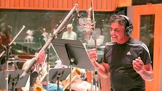 Johnny Mathis with The Count Basie Orchestra - It's The Holiday Season