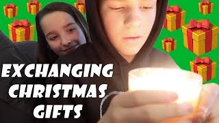 Exchanging Christmas Gifts 🎁 (WK 364) | Bratayley