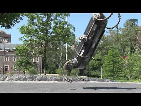 Watch This Robot Hexapod Perform Parkour