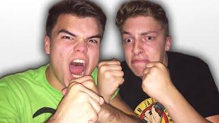 JELLY VS JOSH FIGHT! (Gang Beasts)
