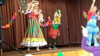 Inka Rybářová a karneval v Puclicích