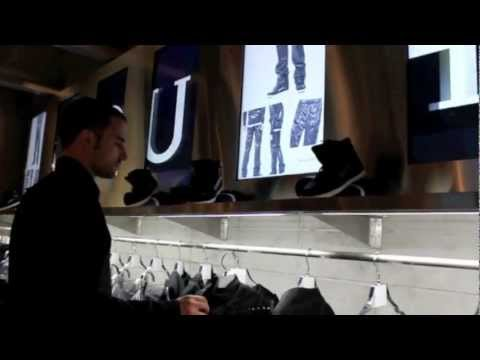 RFID Clothing Hangers Sell Harder Than Sales Clerks