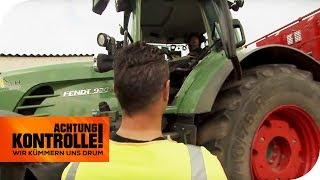 Traktor-Kontrolle! Polizist kontrolliert wieder seinen Nachbarn! | Achtung Kontrolle | kabel eins
