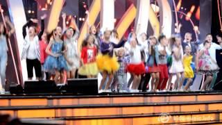 Хор Академии популярной музыки Игоря Крутого «Новая волна» — Чудеса (Детская Песня года)