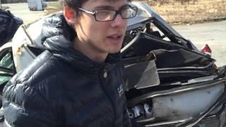 Кладбище разбитых авто .