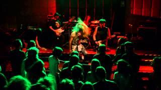 Malavida Dvd - 08 - Sails of Charon/ Libre