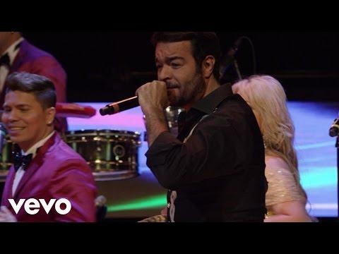 La Sonora Dinamita - Se Me Perdió La Cadenita ft. Pablo Montero