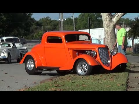 Street Rods, Muscle Cars and Classics in Action