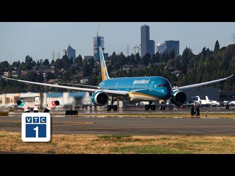 """Vietnam Airlines đón """"siêu máy bay"""" thứ 100"""