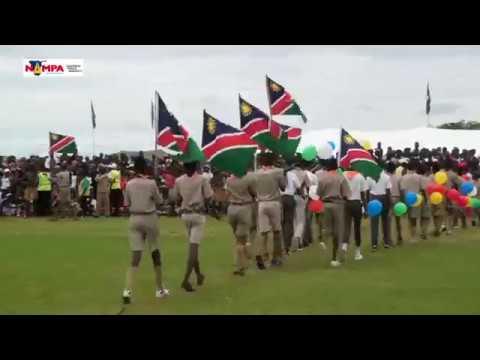 Президент Намибии Hage Geingob предпочитает УАЗ Патриот