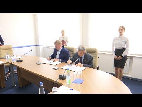 Минниханов и Чубайс подписали соглашение о сотрудничестве Татарстана с «Роснано»