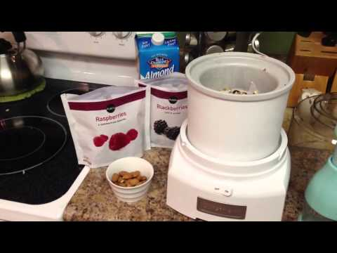 Video Healthy Ice Cream Recipe with Almond Milk