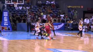Maierhofer's 'shoe-palpal' | PBA Governor's Cup 2015