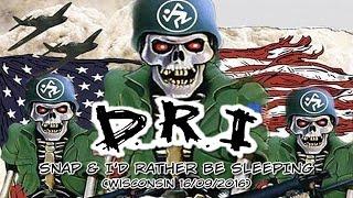 D.R.I. - Snap & I'd Rather be Sleeping ao vivo em Milwaukee (19/06/2016)