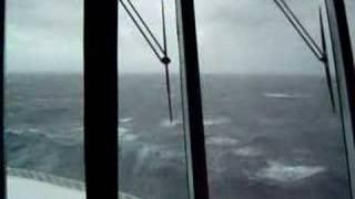 Die besten 100 Videos Da will ich nicht an Bord sein - Huge Wave hits cruise ship